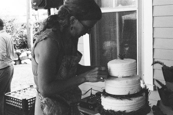 bw_cake